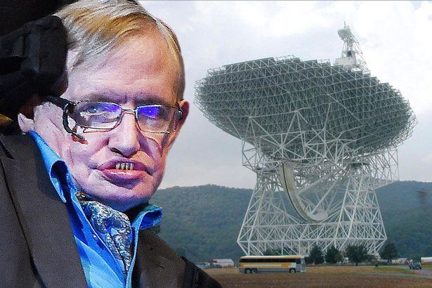 """Stephen Hawking - một trong 3 """"siêu nhân"""" của nhân loại hiện nay."""