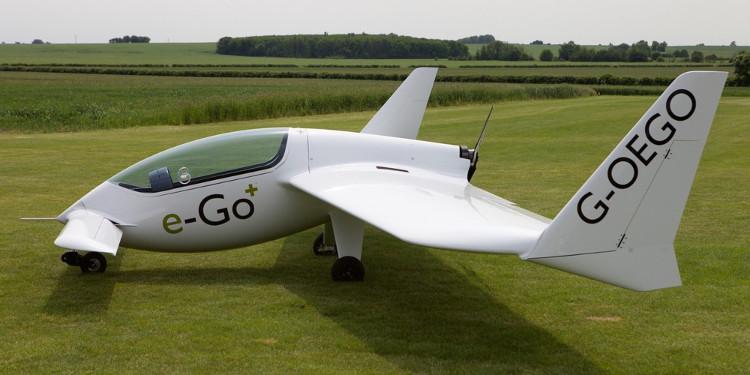 Máy bay e-Go có kích thước nhỏ gọn và các bộ phận tách rời.