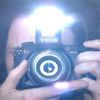 Đèn flash có thể gây mù mắt trẻ sơ sinh hay không?