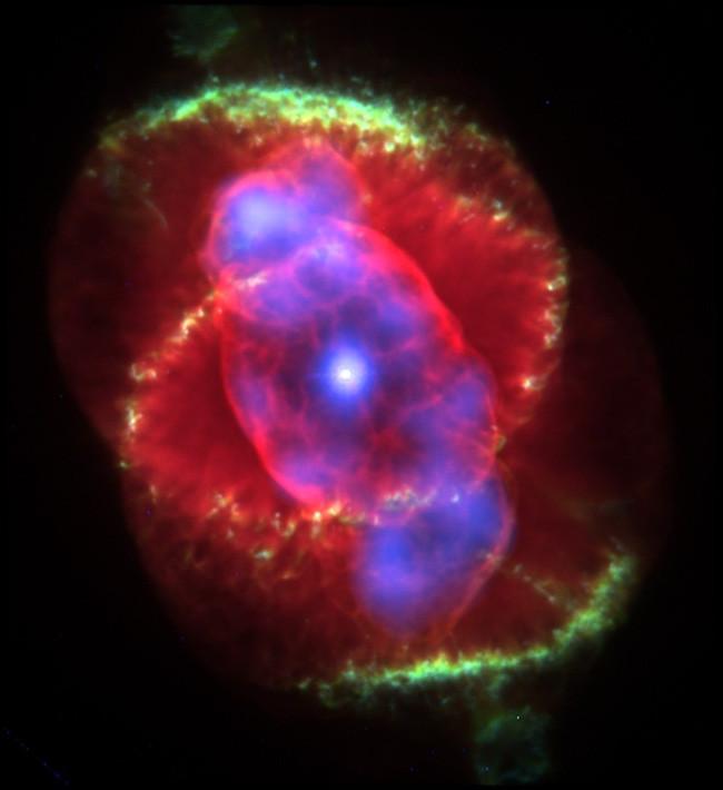 Tinh vân Mắt Mèo do NASA chụp.