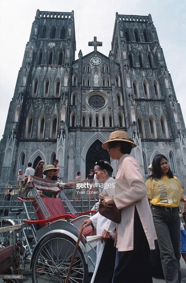 Sáng Chủ nhật ở nhà thờ Lớn Hà Nội.