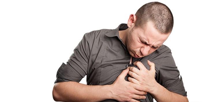 Cảm lạnh, cảm cúm... đều là tác nhân phổ biến gây khởi phát cơn hen.