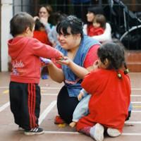 Người mắc bệnh down đầu tiên trở thành giáo viên ở Argentina