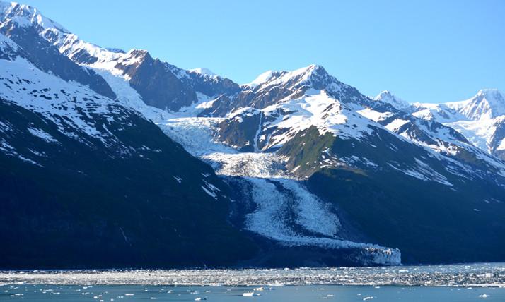 Mỗi tảng băng lớn đều có đặc thù tan chảy khác nhau.