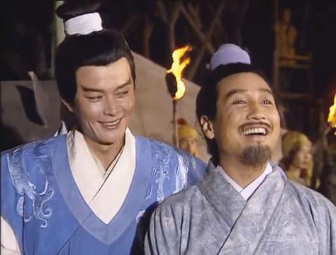 """Tưởng Cán nghĩ mình thông minh và lừa được Chu Du với danh nghĩa """"bạn cũ"""", ai ngờ Du còn cao tay hơn Cán gấp bội phần, diễn kế phản gián để lừa Tào Tháo."""