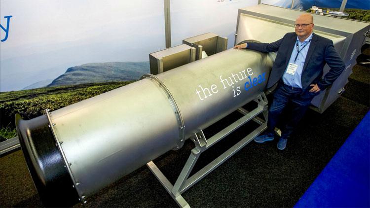 Chiếc máy lọc không khí dài 8m.