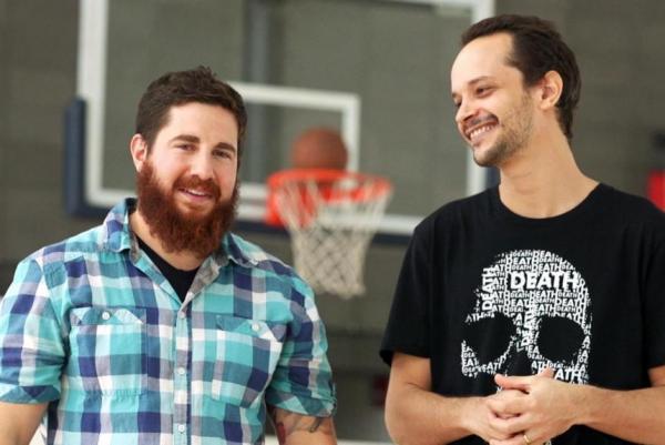 Colin Zestcott (trái) và Uri Lifshin cho rằng nỗi sợ cái chết có thể nâng cao phong độ thi đấu của vận động viên.