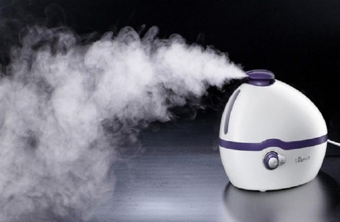 Đặt máy tạo độ ẩm trong nhà để tránh hiện tượng tĩnh điện.