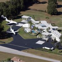 Những sân bay lạ lùng trên thế giới