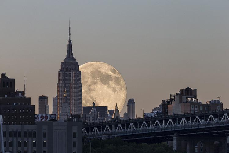 Siêu Mặt trăng ở Manhattan
