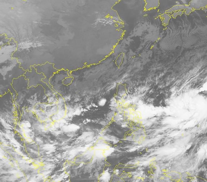 Ảnh mây vệ tinh về áp thấp nhiệt đới.