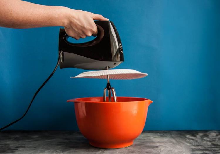 Sử dụng máy đánh trứng một cách chuyên nghiệp