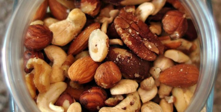 Các loại hạt là một trong những thực phẩm dễ gây dị ứng nhất