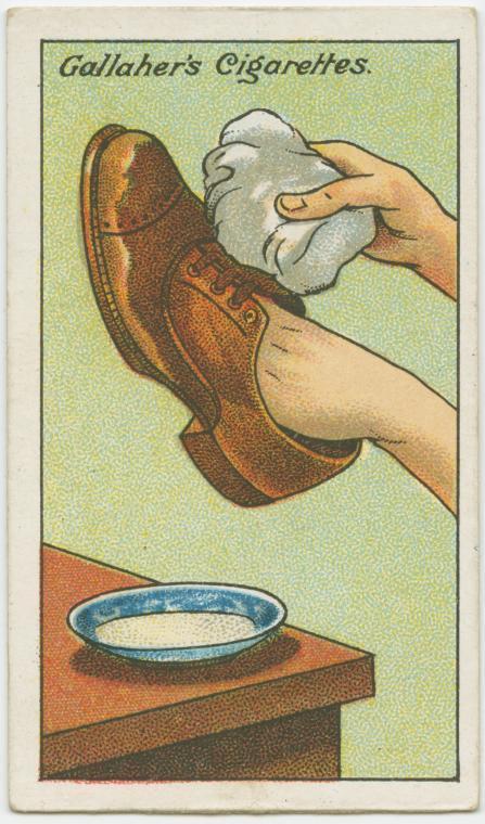 Loại bỏ vết bẩn khỏi giày da