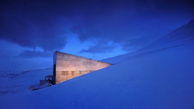 Khu vực được canh phòng cẩn mật Svalbard Global Seed Vault,