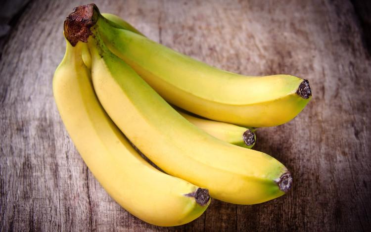 Chuối là loại trái cây phổ biến mà bạn có thể gặp ở bất cứ đâu.