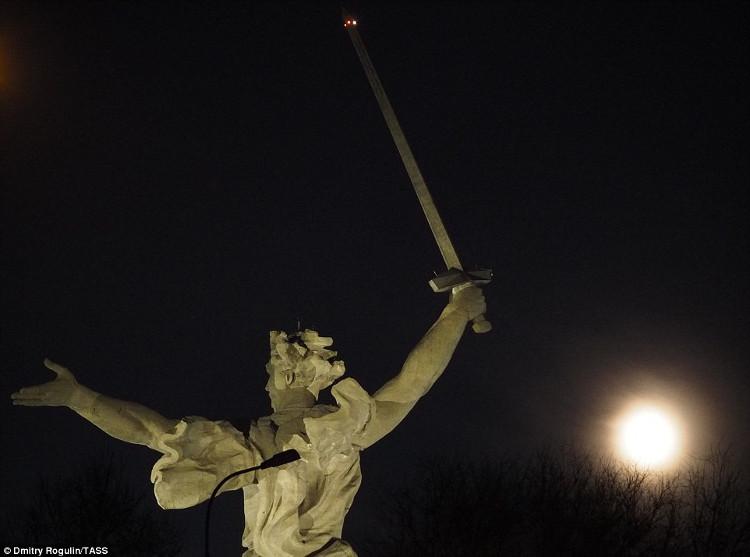 Đêm trăng ở tỉnh Volgograd của Nga.