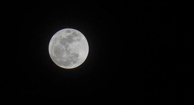Hình ảnh siêu trăng được ghi nhận ở tỉnh Bà Rịa-Vũng Tàu.