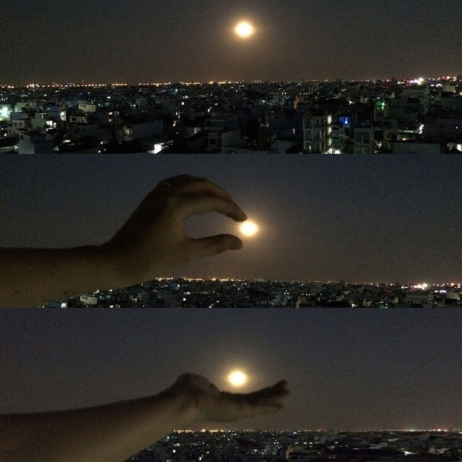 """""""Siêu Mặt trăng bỗng chốc thu bé lại chỉ vừa lòng bàn tay""""."""