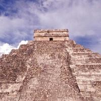 Cấu trúc giống búp bê Nga bên trong kim tự tháp Maya