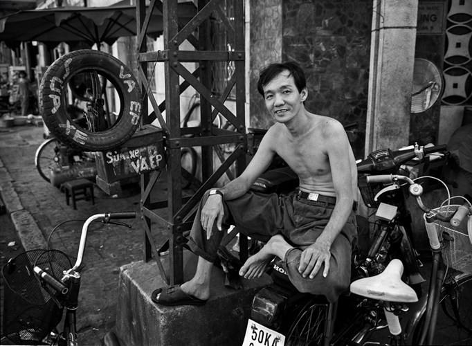 Người thợ sửa xe, 1996.