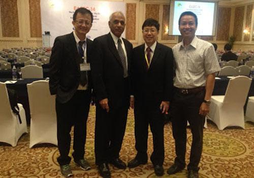 Ông Nguyễn Xuân Hùng (ngoài cùng bên phải) lần thứ ba liên tiếp trong danh sách ảnh hưởng nhất thế giới.