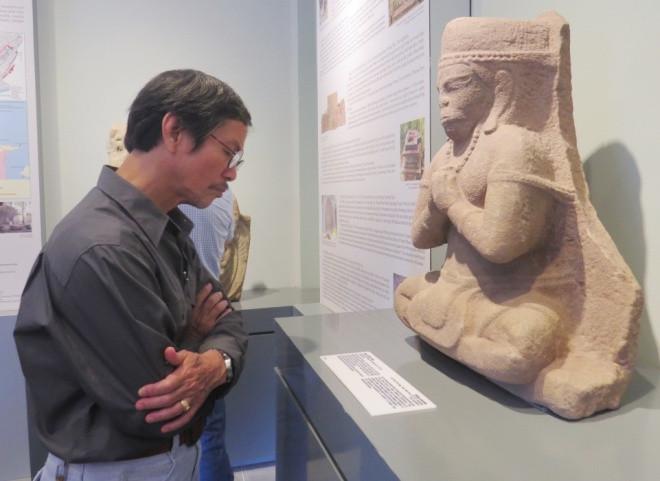 Bảo tàng cổ vật cung đình Huế đang lưu giữ 86 hiện vật nhưng trong đợt mở cửa lần này, Bảo tàng chỉ giới thiệu 30 hiện vật