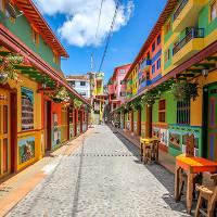 Kiến trúc tuyệt đẹp của thị trấn nhiều màu sắc nhất thế giới