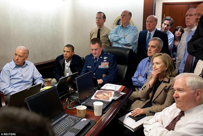 Cuộc họp của Tổng thống Mỹ Barack Obama, Phó Tổng thống Joe Biden, Bộ trưởng bộ ngoại giao Hillary Clinton.