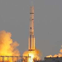 Nga phát triển siêu tên lửa xây căn cứ trên Mặt Trăng