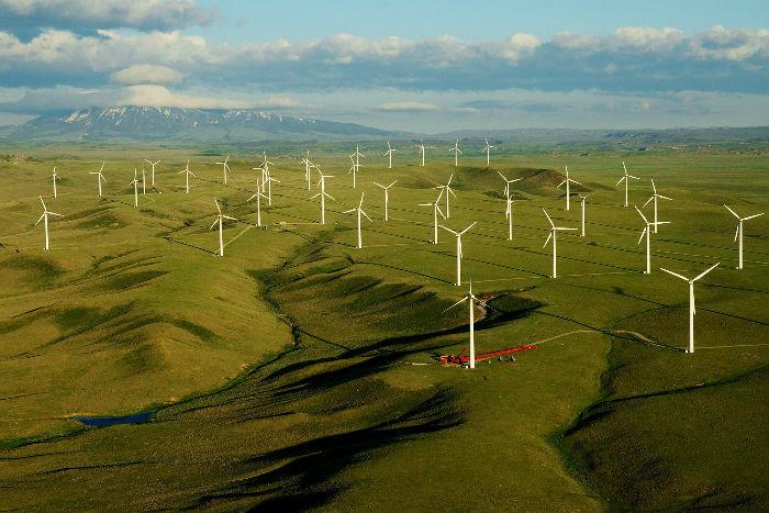 Một cánh đồng năng lượng gió ở Wyoming, Mỹ