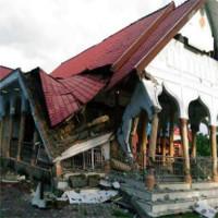 Indonesia động đất mạnh, ít nhất 18 người chết