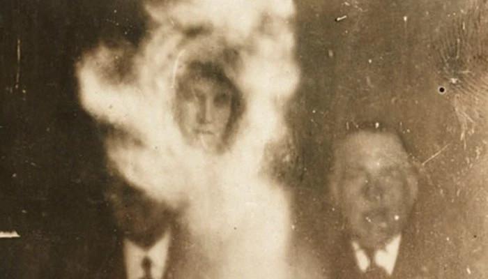 Những hình ảnh có ma tương đối hiếm, nhưng đó được coi là bằng chứng tốt và rõ ràng về sự xuất hiện và tồn tại của những hồn ma.
