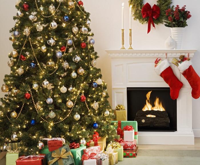 Cây thông Noel được xem là một đồ trang trí không thể thiếu trong dịp Giáng sinh.