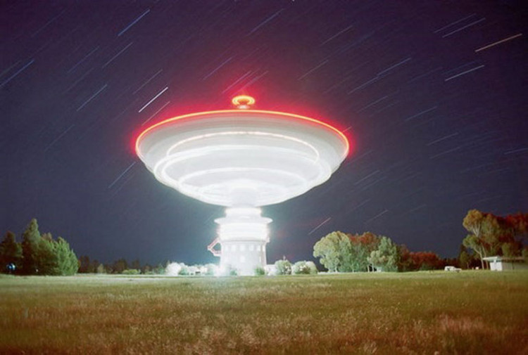 Kính thiên văn vô tuyến Parkes sẽ hỗ trợ cuộc tìm kiếm người ngoài hành tinh.
