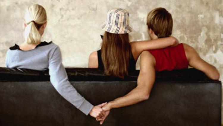 Định nghĩa về ngoại tình của mỗi người lại có sự khác biệt.