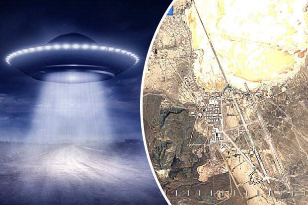 """Video time lapse của Google Earth mới đây tiết lộ nhiều bí ẩn của Vùng 51 - nơi bị đồn là """"căn cứ của người ngoài hành tinh giữa sa mạc Nevada của Mỹ."""