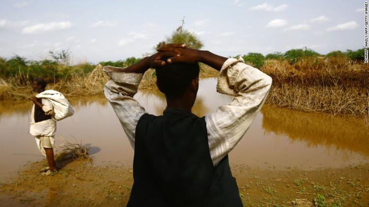 Hơn 600.000 người cũng đã phải chuyển chỗ ở do ngập lụt tính từ năm 2013.