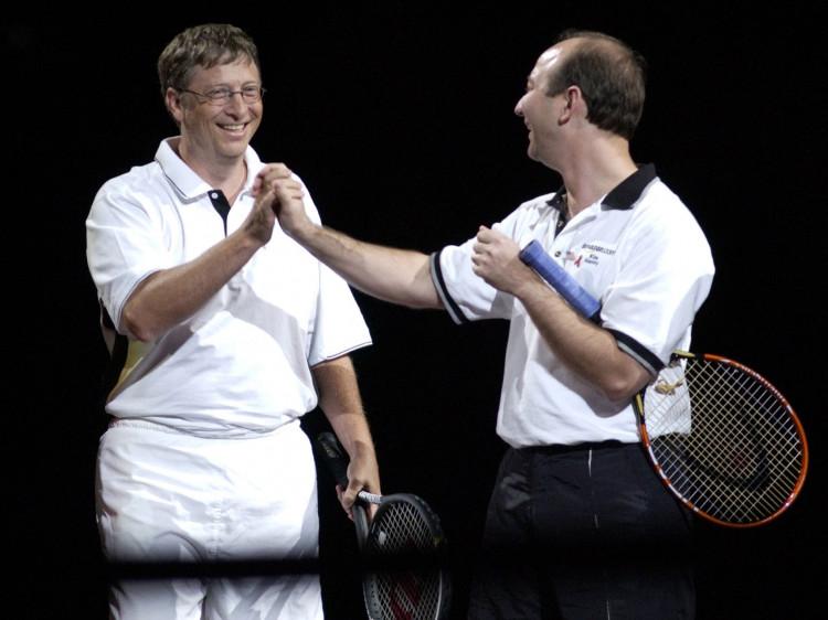 Bill Gates và Jeff Bezos.