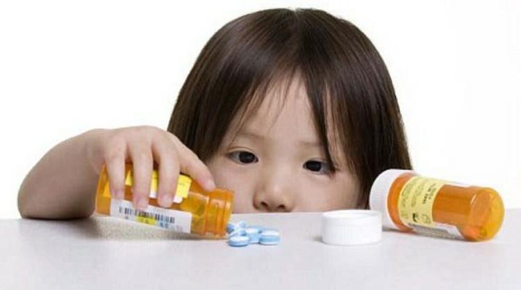 Việc sử dụng kháng sinh đúng cách vô cùng quan trọng vì kháng sinh là thuốc đặc biệt.