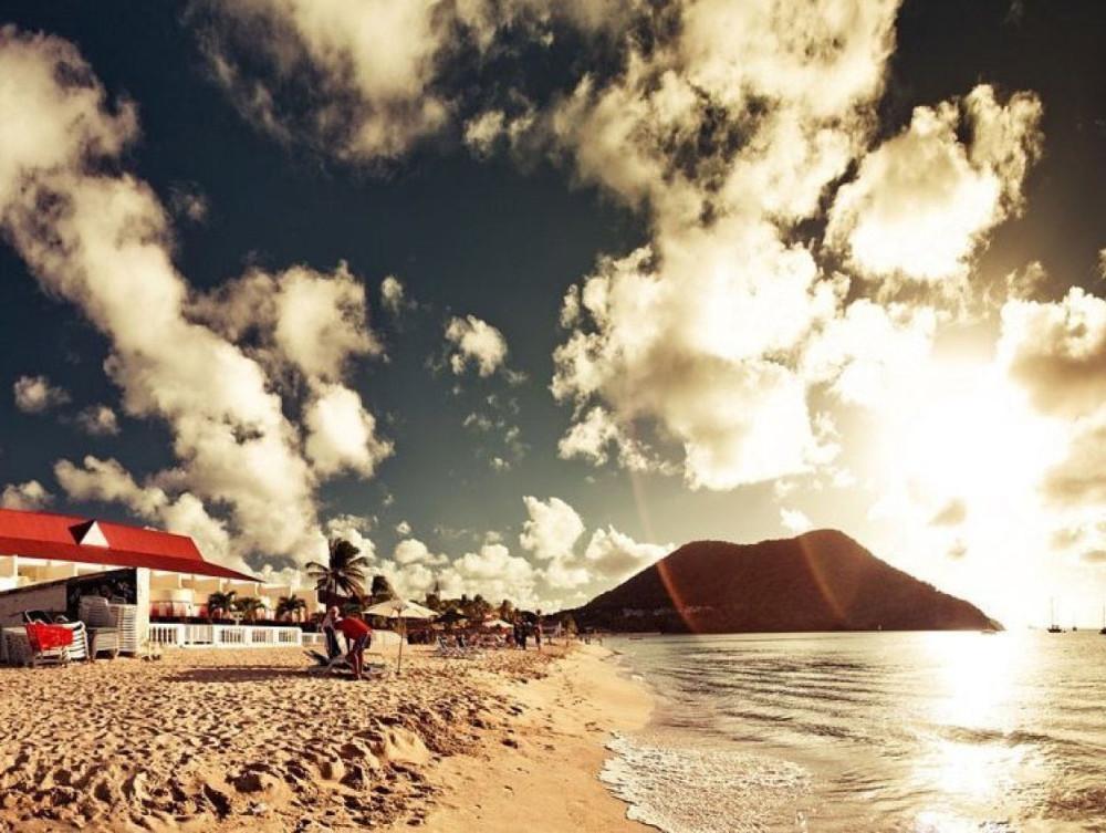 Giống như phần còn lại của vùng Caribbean, quốc đảo Saint Lucia này chưa bao giờ biết đến mùa đông.