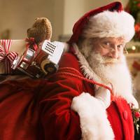 Tại sao ông già Noel lại mặc quần áo màu đỏ?