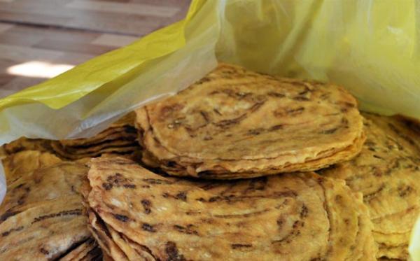 Trung bình, trong mùa Tết các gia đình ở đây ép hàng tấn chuối khô thành phẩm để cung cấp cho các lò bánh kẹo từ các tỉnh An Giang, Vĩnh Long, Đồng Tháp