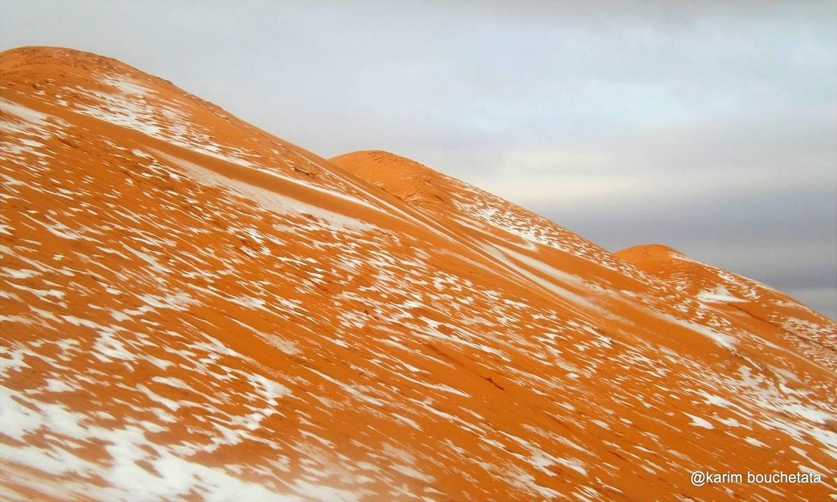 Lần cuối cùng tuyết rơi ở Ain Sefra là vào tháng 2/1979 trong khoảng thời gian 30 phút.