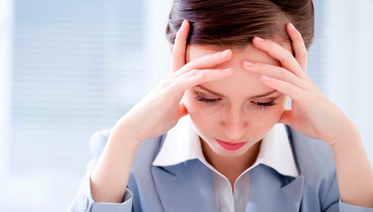 Mệt đột ngột không giải thích được; đau đầu, chóng mặt lả đi... là một trong những dấu hiệu của hạ đường huyết.