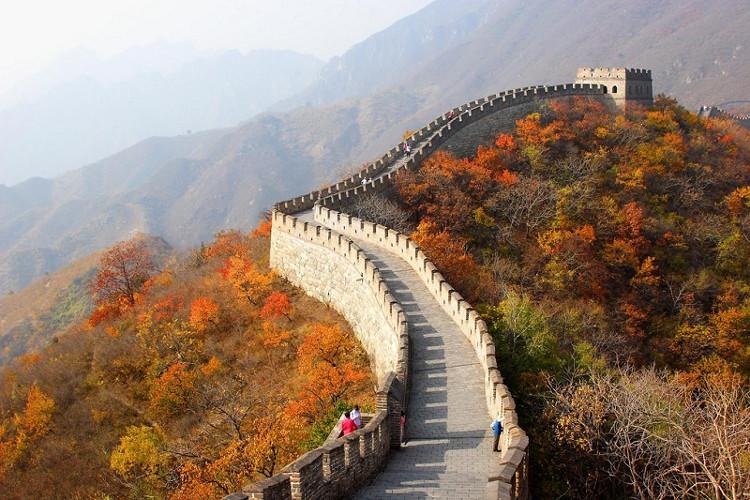 Vạn Lý Trường Thành là một trong những công trình tiêu biểu của Trung Quốc.