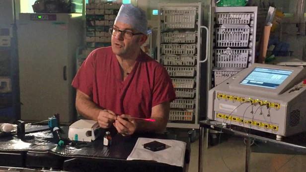 Giáo sư Mark Emberton, trưởng khoa Khoa học Y tế của Đại học London