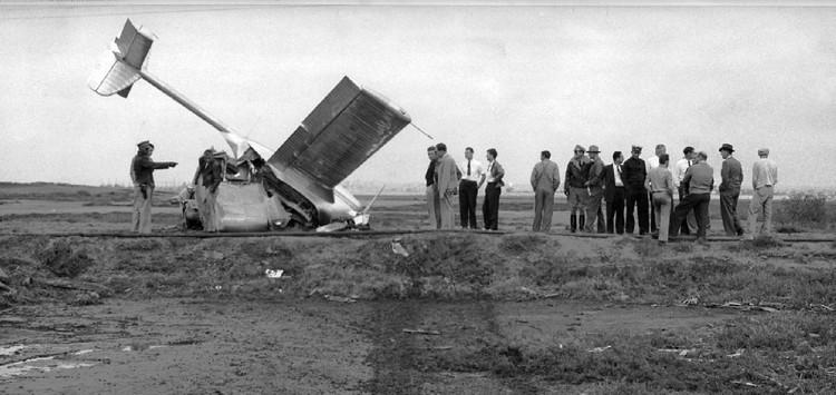Mẫu ô tô bay tử nạn được thiết kế cách đây 70 năm.