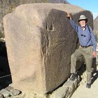 Công trình cự thạch ở Nga chứng tỏ người khổng lồ từng tồn tại trên Trái Đất?