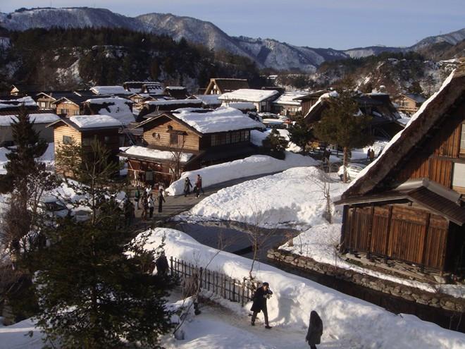 Một góc làng cổ Shirakawago.